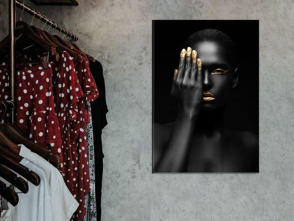 תמונת זכוכית של אשה אפריקאית