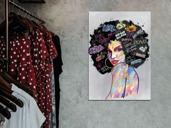 תמונת זכוכית של אשה עם אפרו