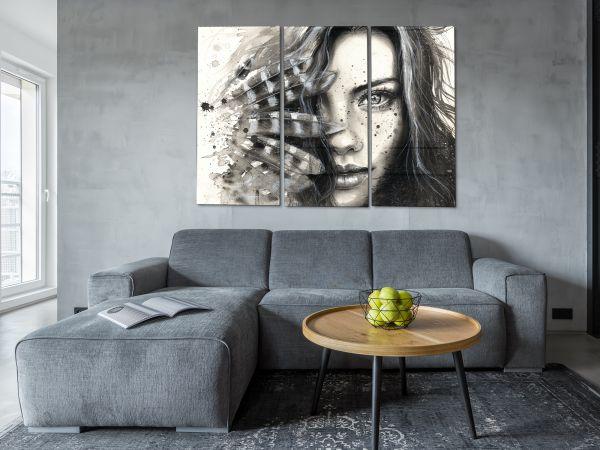 תמונת זכוכית של אשה שחור לבן