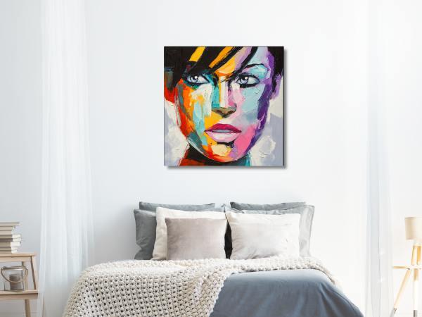 תמונת זכוכית של אשה צבעונית 4