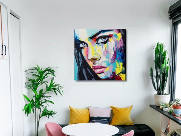 תמונת זכוכית של אשה צבעונית 6